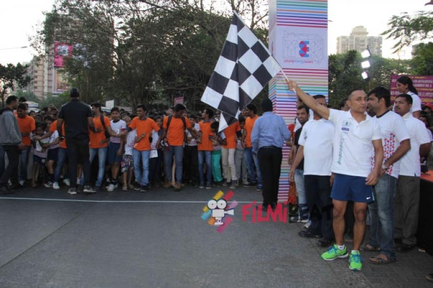 Rahul Bose Flags Off 4.5 kms Marathon Photos