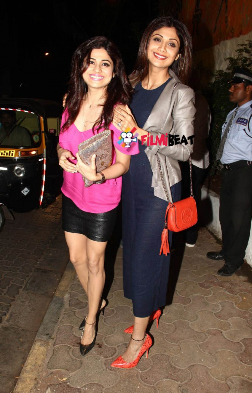 Shamita & Shilpa Shetty at Olive Restaurant, Mumbai Photos