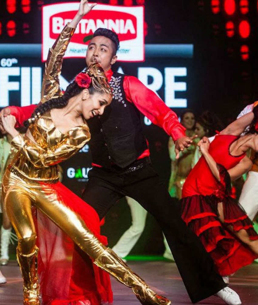 Splendid Performance At 60th Britannia Filmfare Awards 2015 Photos