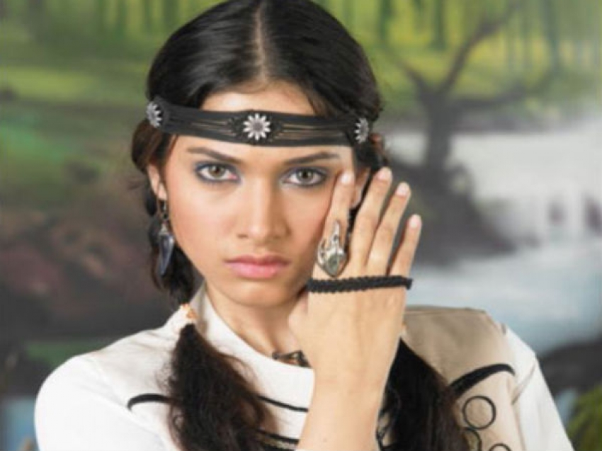 Tamil Actresses In Negative Roles Photos