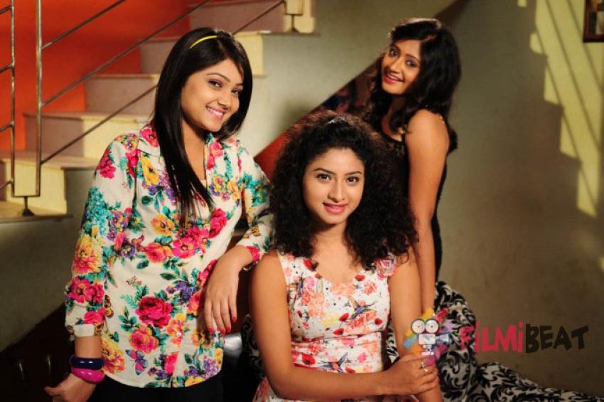 Tharuvatha Katha Photos