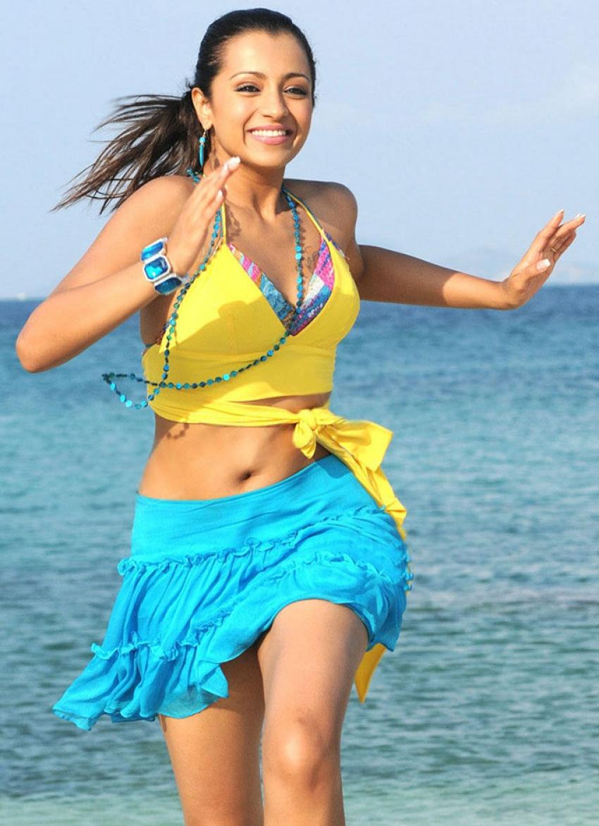 Beach Beauties of Bollywood Photos