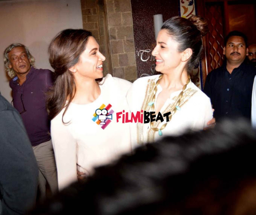 Bollywood Celebs Meet I&B Minister To Discuss Censorship Issues Photos
