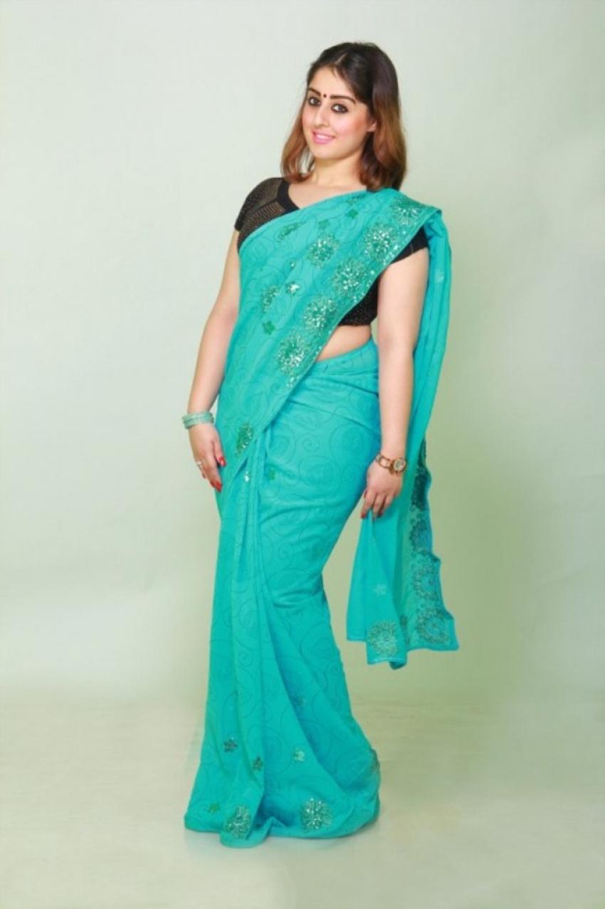 Dhiya Aggarwal Photos