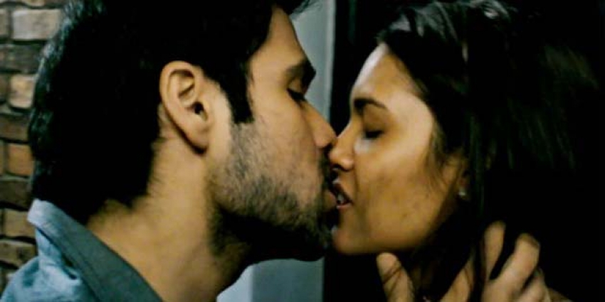OFELIA: Imran Hashmi Kiss Videos