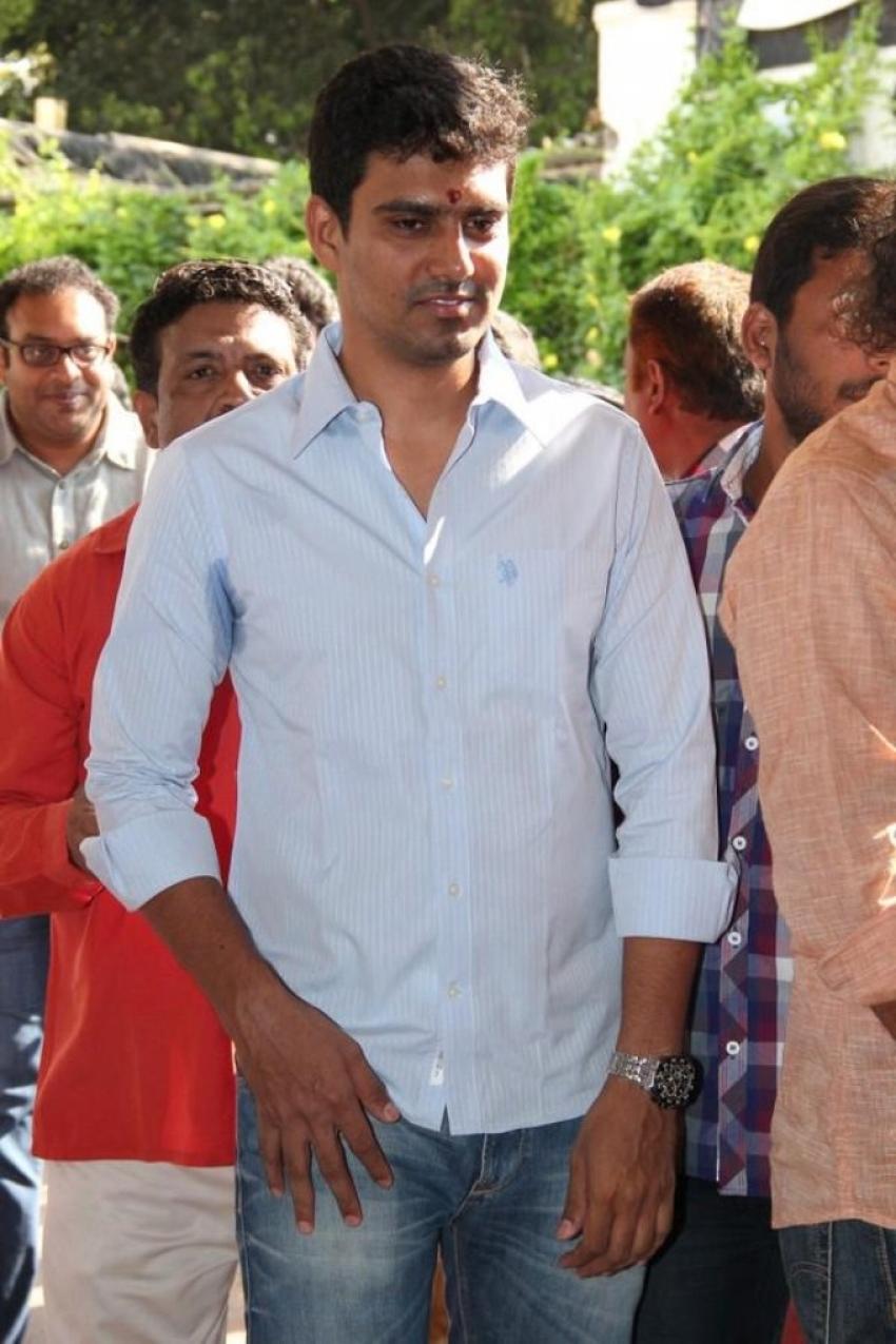 Inji Iduppazhagi Movie Launch Photos