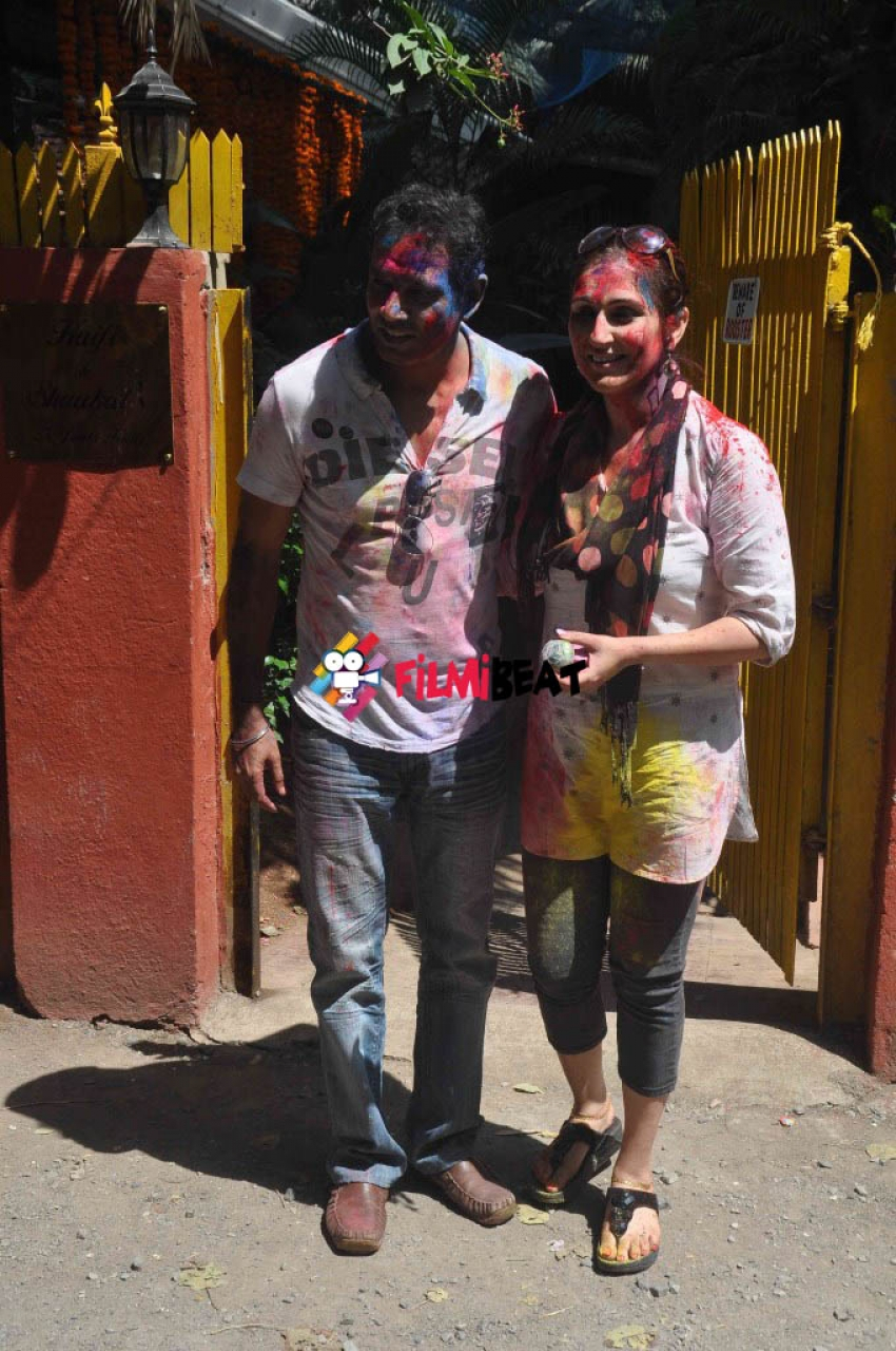 Javed Akhtar, Shabana Azmi And Farhan Akhtar Holi Party 2015 Photos