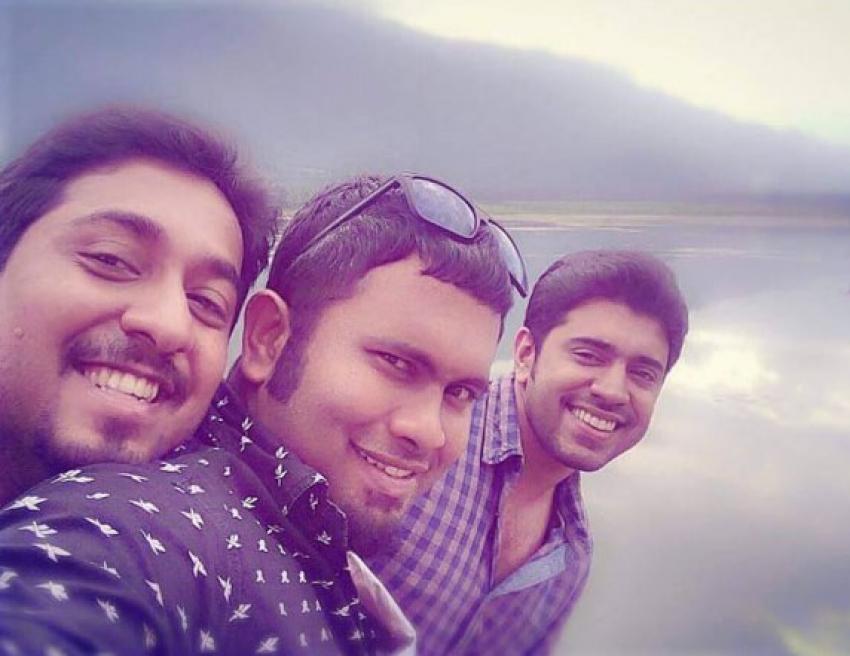 Oru Vadakkan Selfie Photos