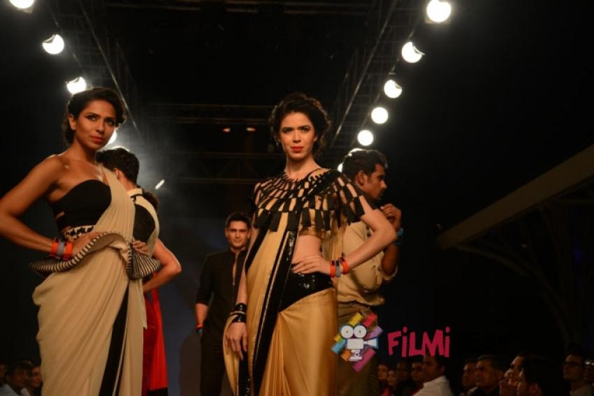 Anupam Mittal, Aanchal Kumar & Rajesh Sawhney Host 'Evolve' Photos