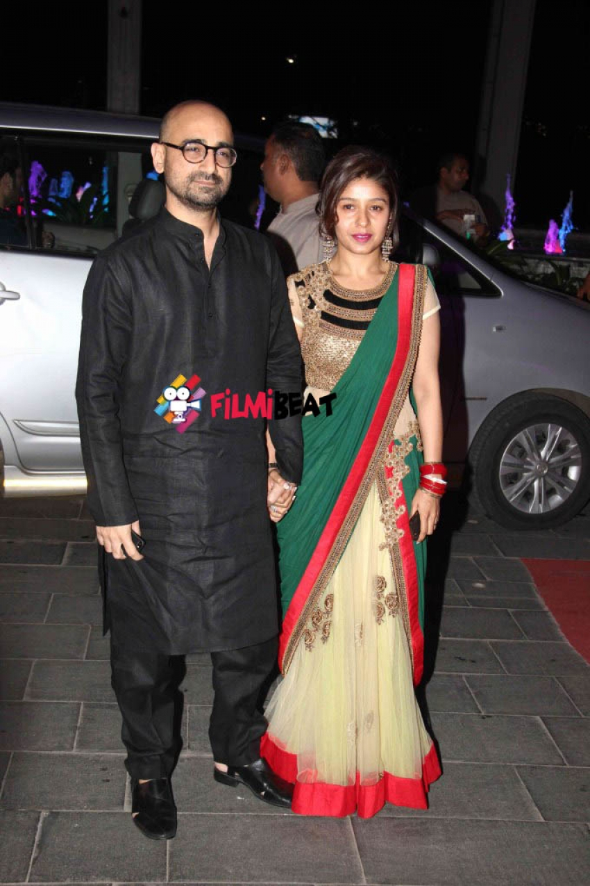Tulsi Kumar & Hitesh Wedding Reception Photos