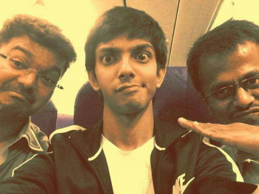 Crazy And Funny Selfies Of Kollywood Celebrities Photos