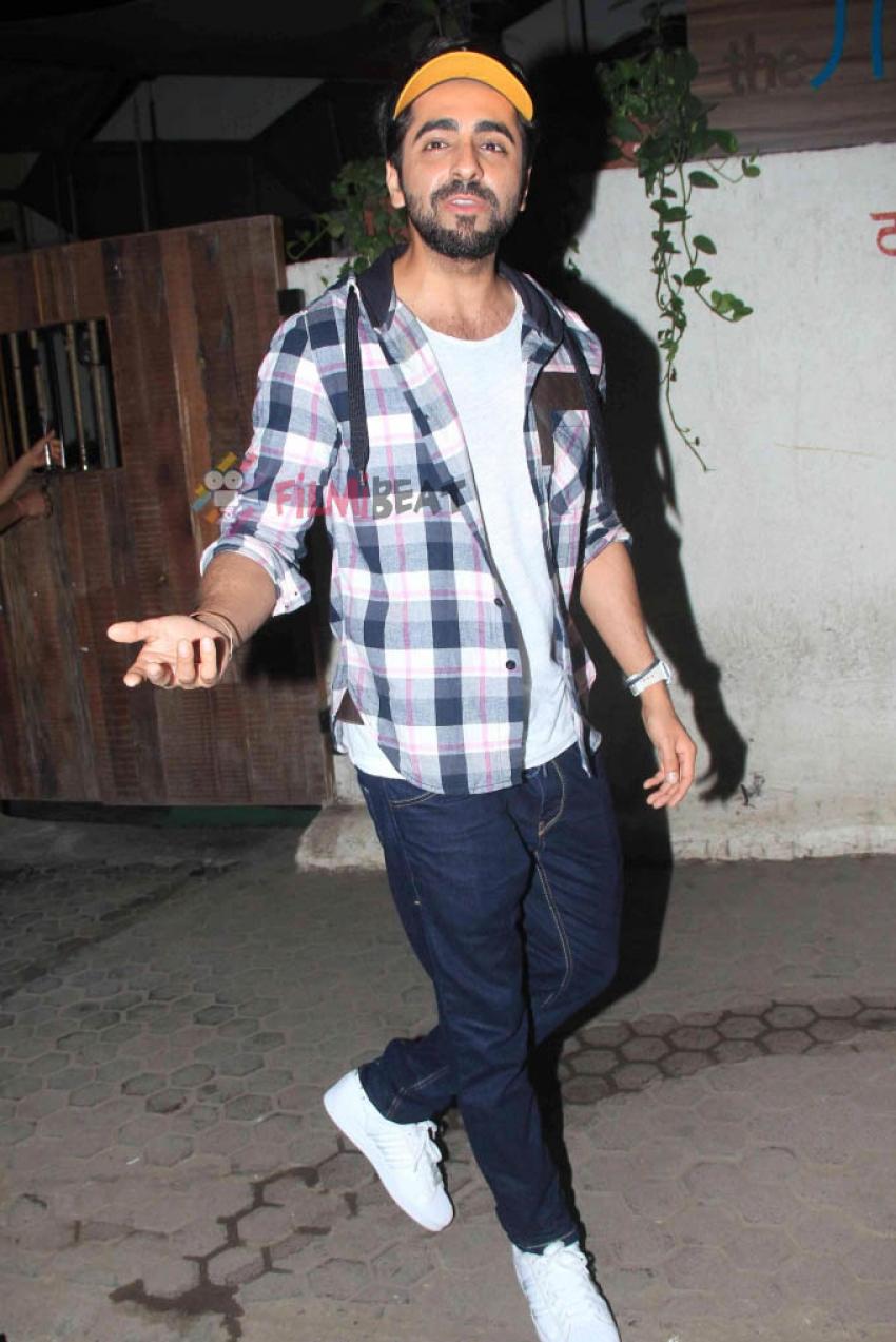 Ayushmann Khurrana Snapped At WTF Restaurant Versova Photos