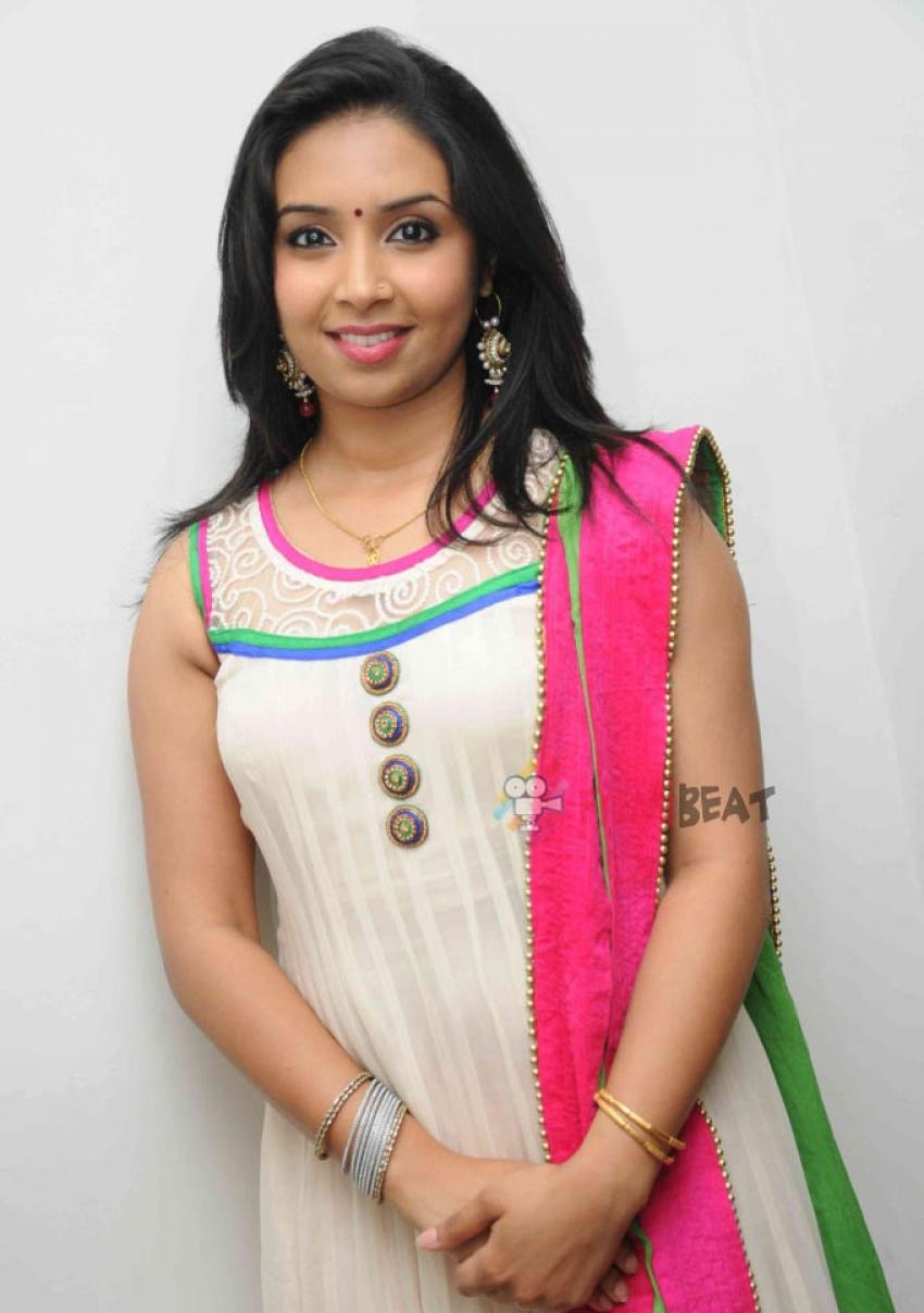 Karthika Menon Photos