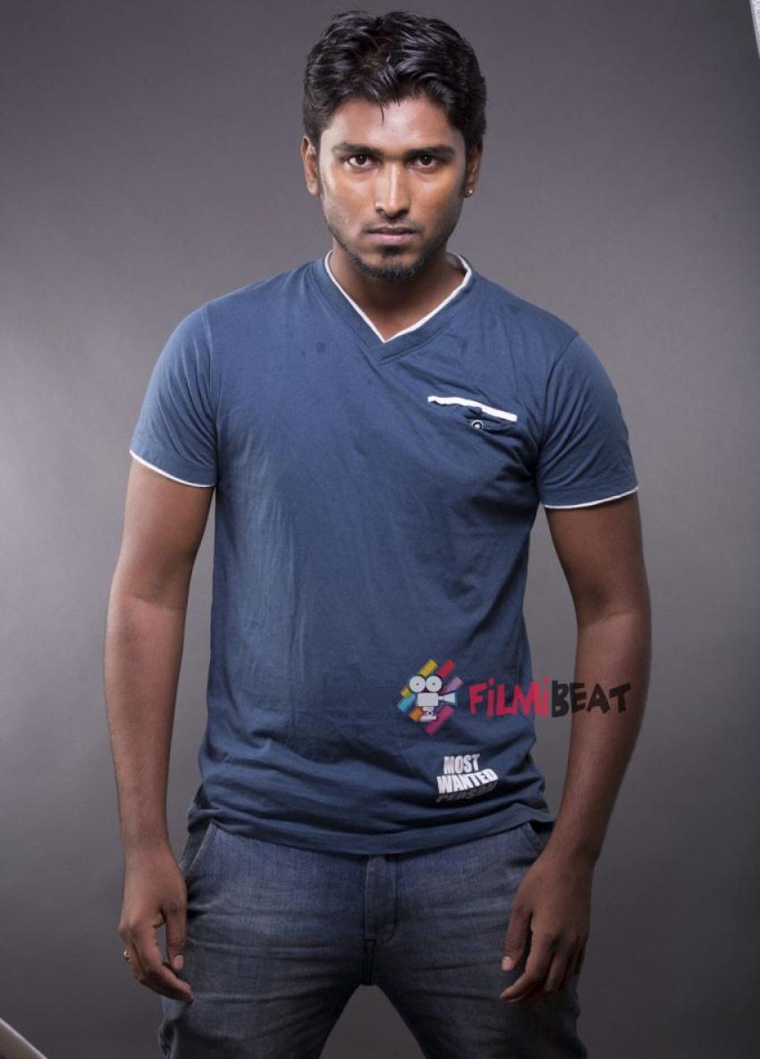 Dharumi Photos