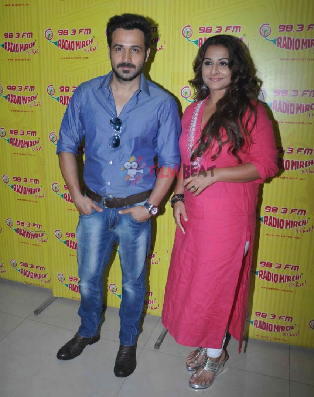 Emraan Hashmi & Vidya Balan Promote 'Hamari Adhuri Kahani' At Radio Mirchi Photos