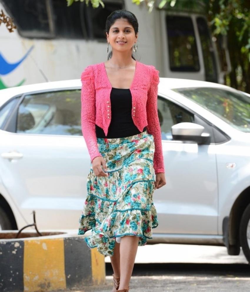 Naveena Photos