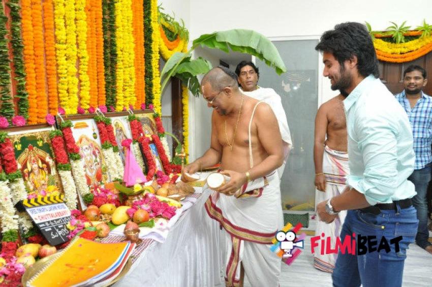 Chuttalabbayi Movie Launch Photos