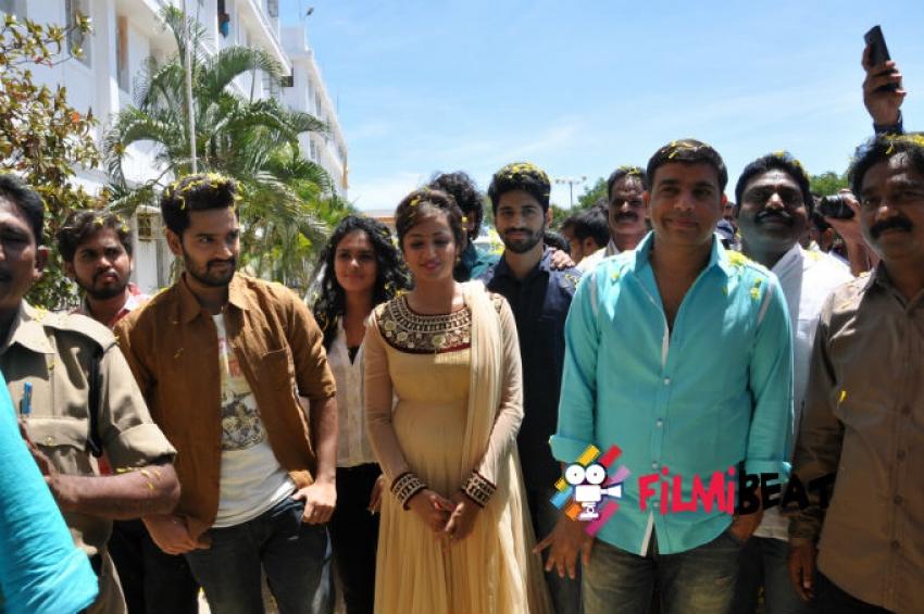 Kerintha Movie  Team At Nellore Photos