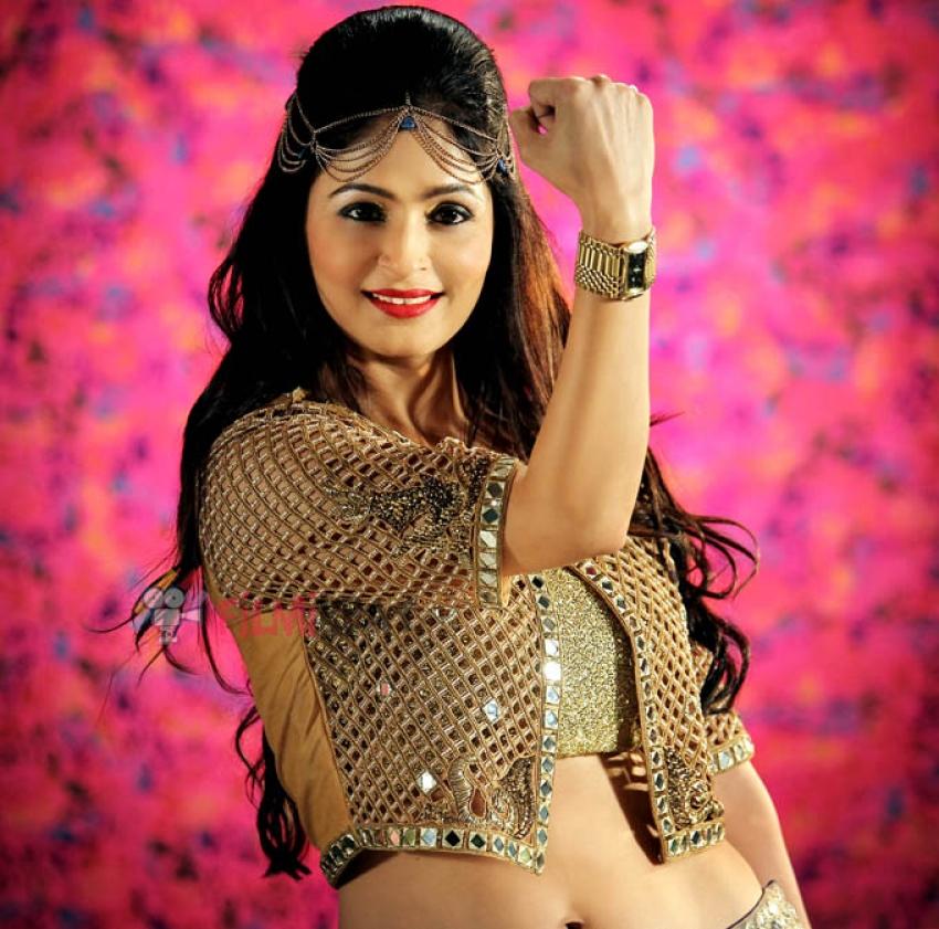 Madhuri Pandey Photos
