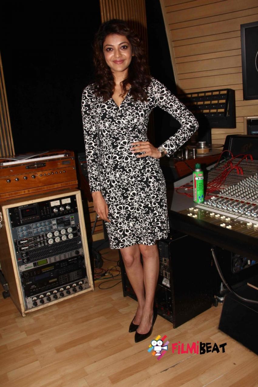 Song Recording Of Film Do Lafzon Ki Kahani Photos