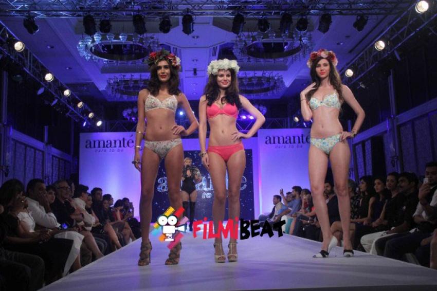 Madhur Bhandarkar Reveals His Calendar Girls At A Fashion Show Photos
