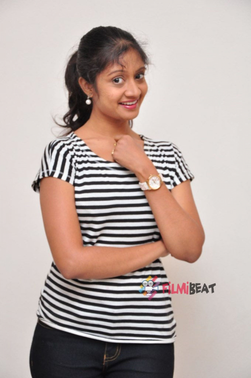 Sandeepthi Photos