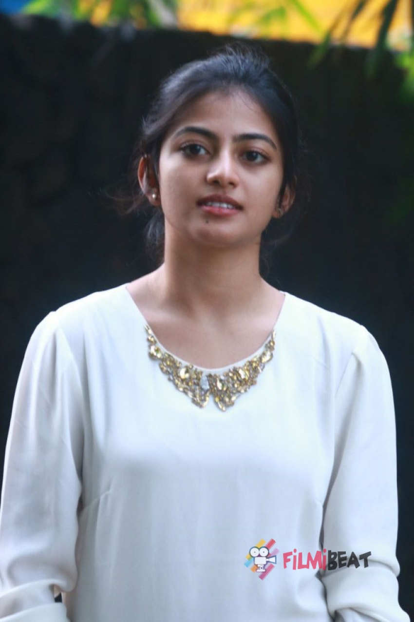 anandhi photos hd latest images pictures stills of anandhi