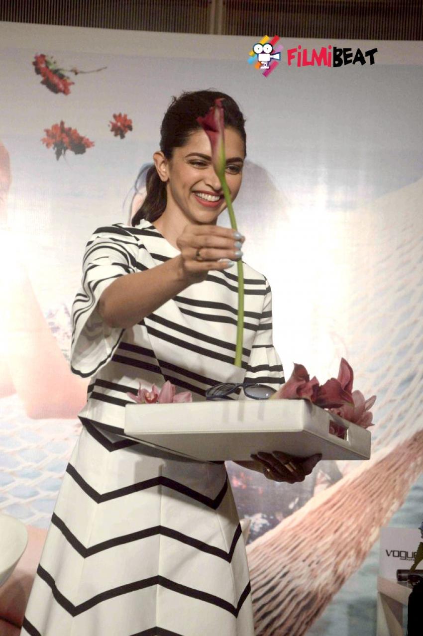 Deepika Padukone Launch Vogue New Eyewear Collection Photos