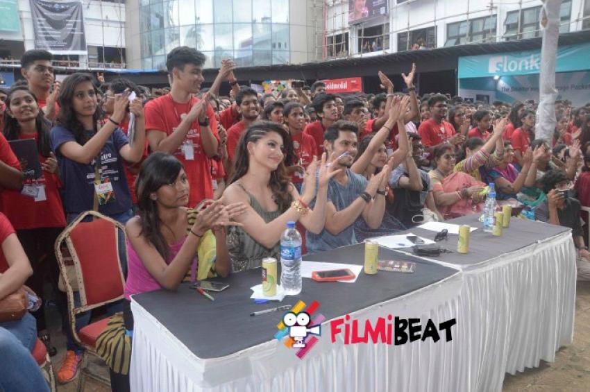 Urvashi Rautella At Umang Festival Photos