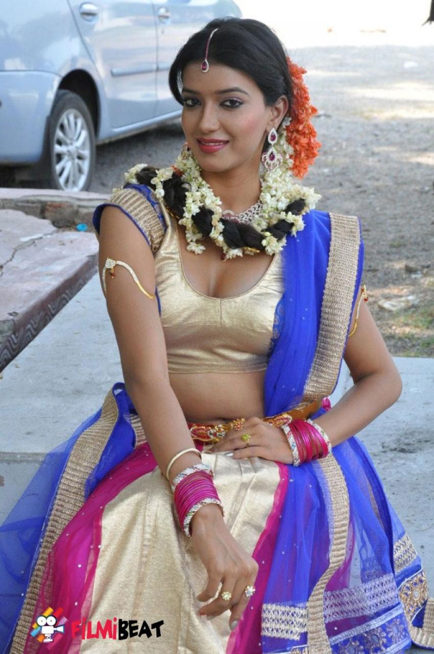 Manisha Singh Photos