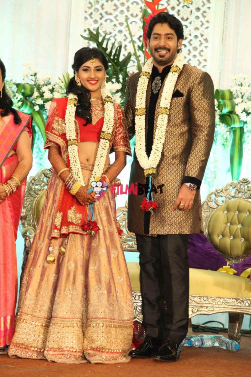 prajwal devaraj and ragini chandran wedding reception photos filmibeat