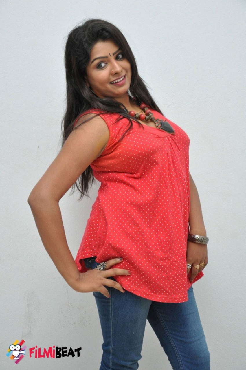 Sridevi (New Telugu Actress) Photos