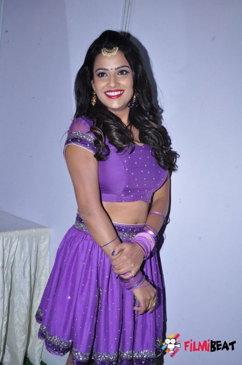 Jyothi Seth Photos