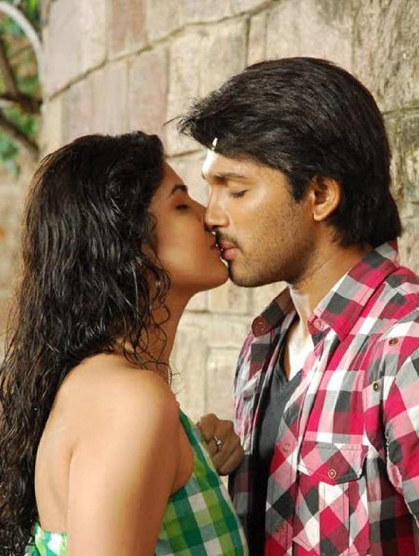 Hot Kiss Images Of South Indian Actress