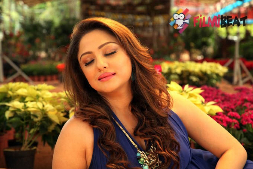 Priyanka Upendra Photos
