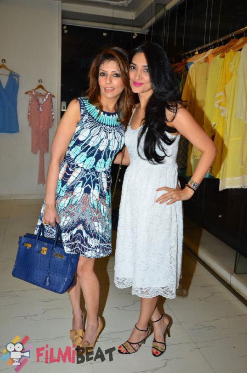 Jyoti Kapoor & Nandita Mahtani Showcased A Special Spring Preview At Ananya Photos
