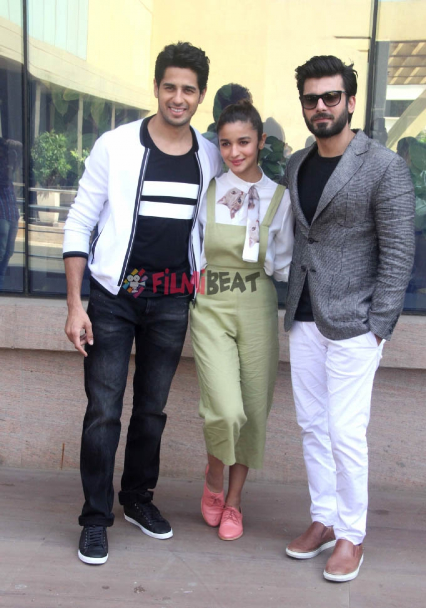 Media Interaction Of Kapoor & Sons Photos