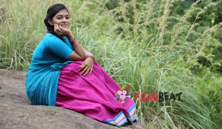 Maanasi Photos