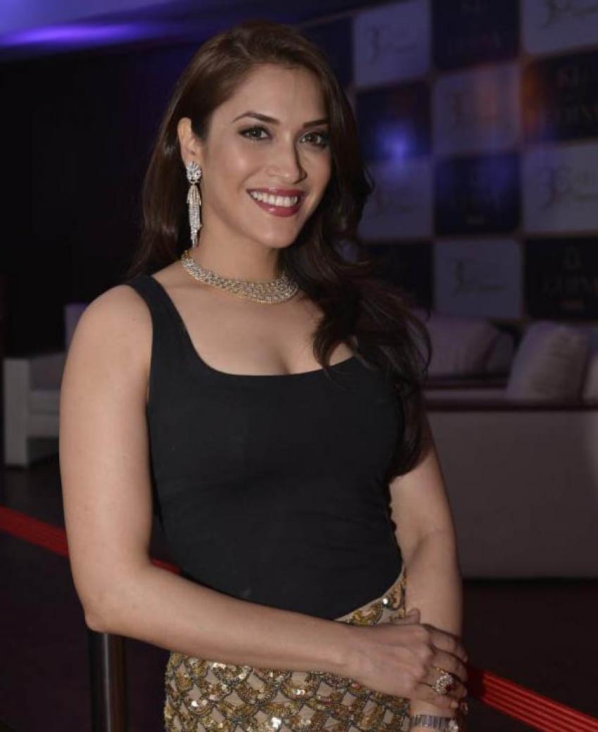 Rashmi Nigam Photos
