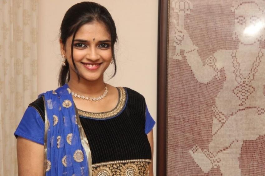Vasundhara Photos