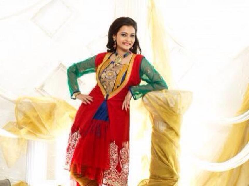 Sanam Jain Photos