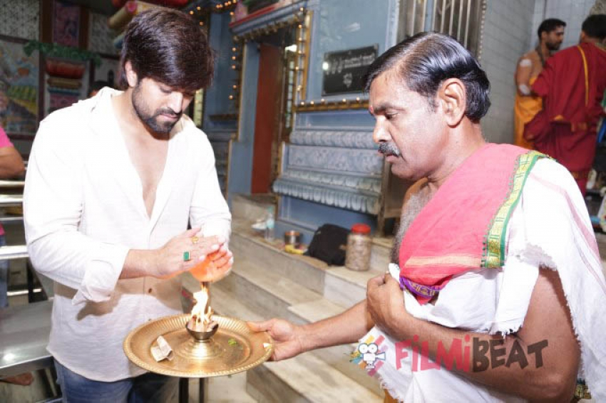 Actor Yash Movie Kgf Muhurtha Photos Filmibeat