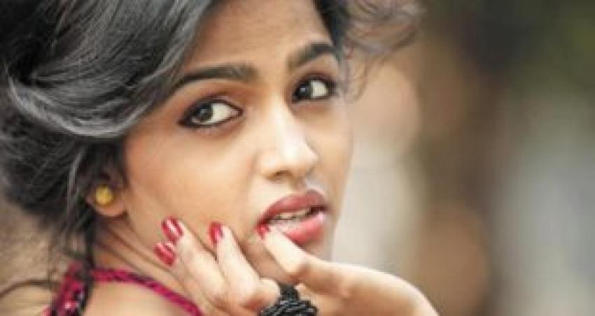 Kabali Actress Dhansika Unseen Photos
