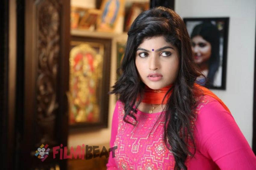Naina Sarwar Photos