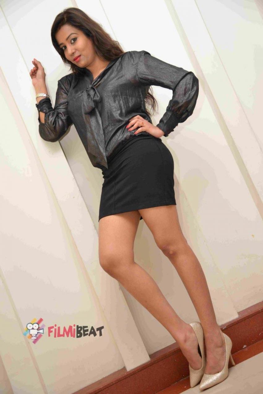 Swaathi Photos