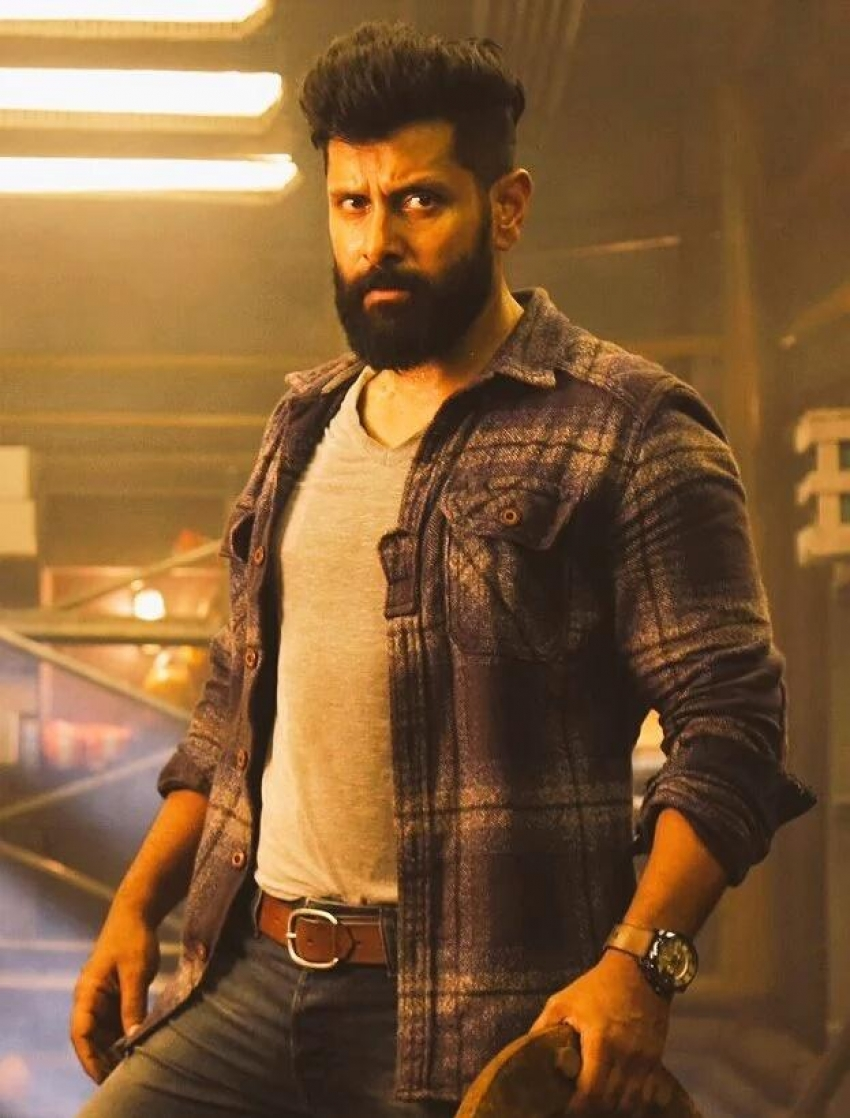 Iru Mugan Photos Hd Images Pictures Stills First Look Posters Of