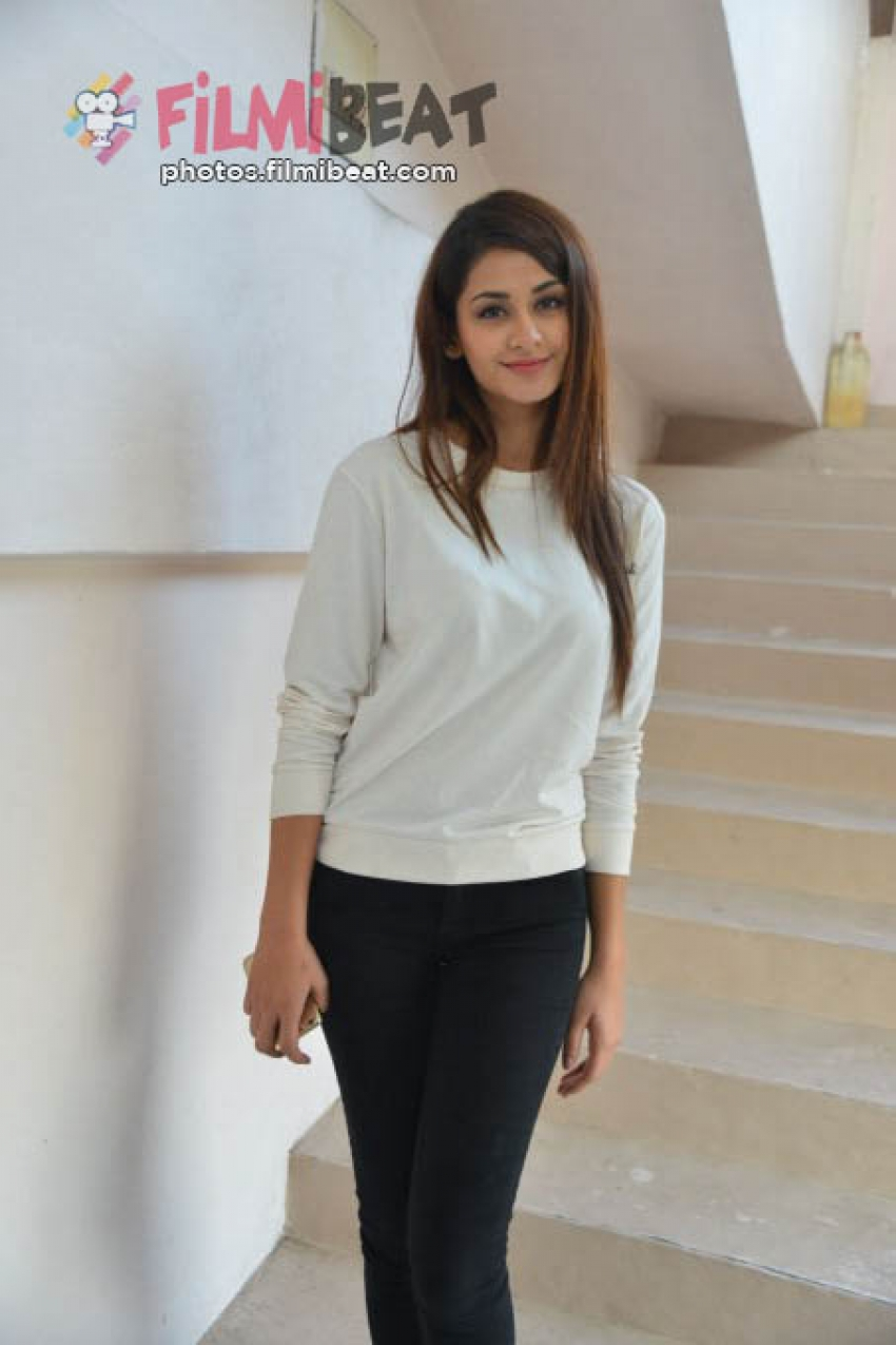Aditi Arya Photos Hd Latest Images Pictures Stills Of Aditi