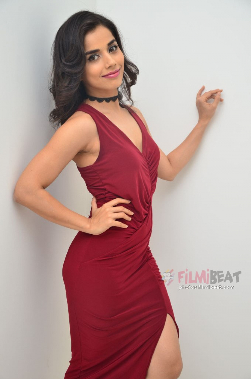 Aparna Bajpai Photos
