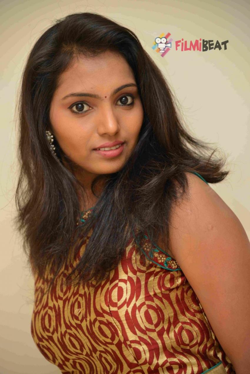Nayana Photos