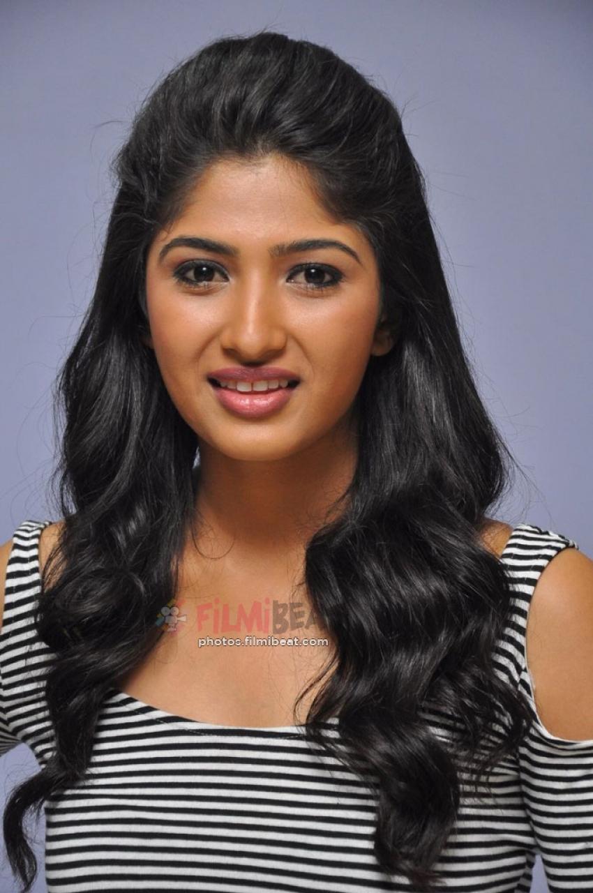 Roshini Prakash Photos